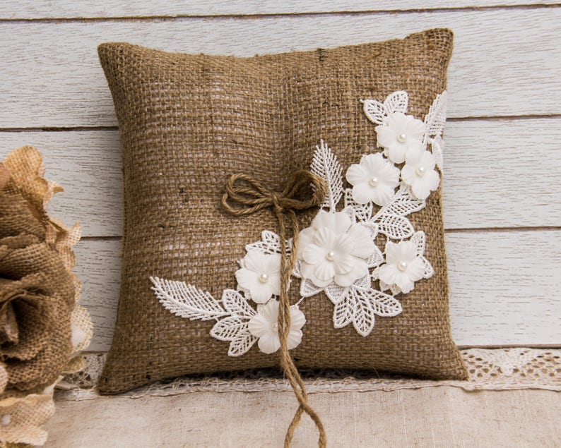 Outdoor Wedding Rustic Flower Girl Basket Farm Wedding Burlap and Lace Country Chic Wedding Burlap Flower Girl basket