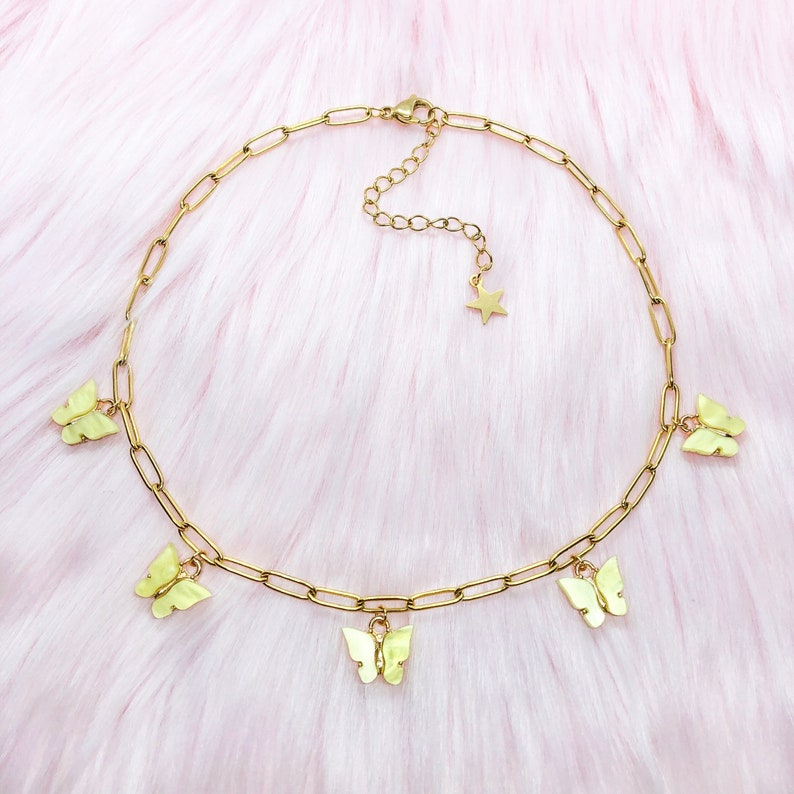 Resizable yellow pearl monarch mariposa butterfly charm choker with gold plated stainless steel chunky paper clip chain