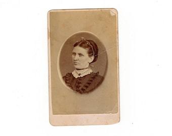Antique woman cdv photo