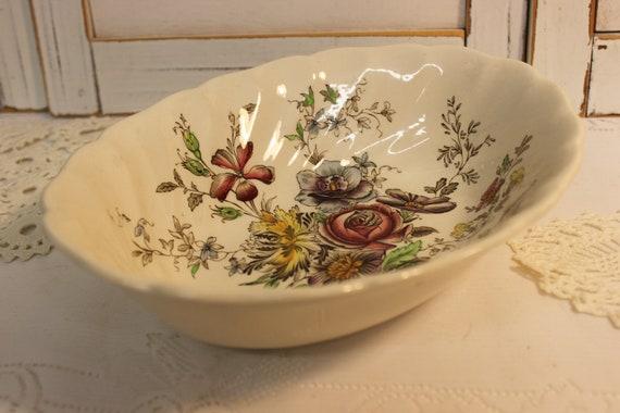 Vintage English Discontinued 1982 Johnson Brothers Sheraton 8  Oval Serving Bowl   : Floral Vegetable Bowl U K Production Superb