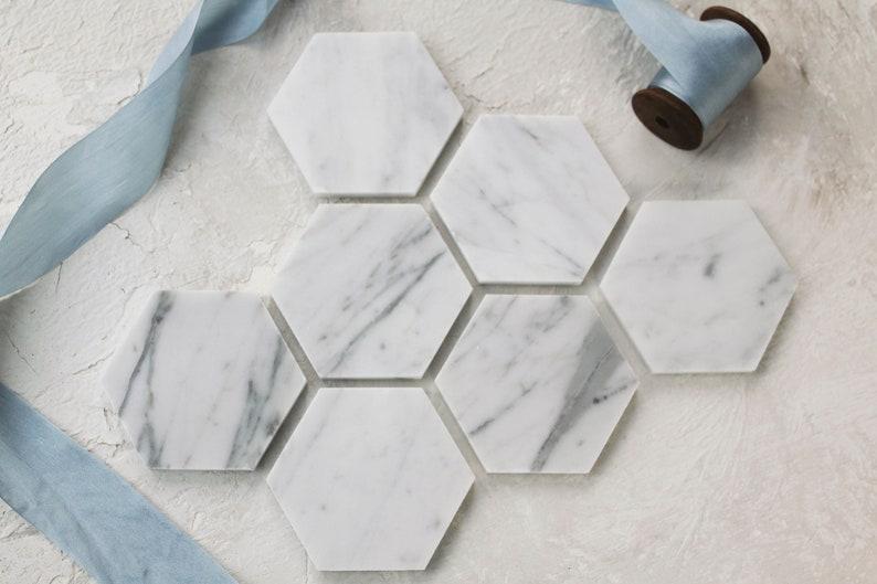 In bianco marmo posto card esagono di marmo piastrelle etsy