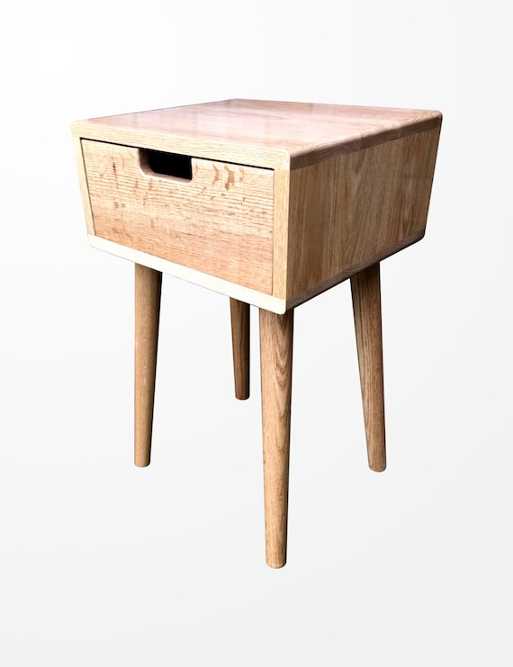 Scandinavian Nightstand Pair Bed Side Table Set Solid Oak in Natural Oak Finish by Candlewood Furniture
