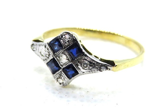 Art Deco Sapphire and Diamond Ring ~ Set in 18ct 1