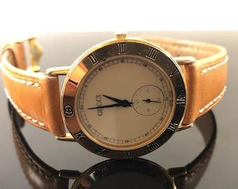 74b50f1d10c RARE Vintage Gucci 3000.2.M Gold Color Quartz Watch