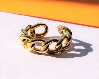 Adjustable Gold Chain Ring, Statement Ring, Fashion Ring for Her, Chunky Gold Ring, Adjustable between sizes L to Q