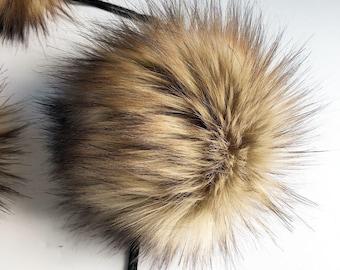ThreadHead Knits Co - TIMBER WOLF - Faux fur Pom Poms