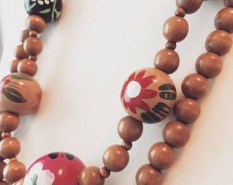 Vintage Wood Jevelry handpainted woodnecklace unique necklace unique vintage unique wood jewelry
