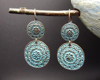 Ethnic earrings in oxidized metal