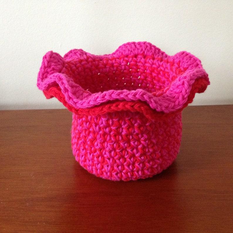 Crochet Bowl Pattern Tutorial Small Ruffle Bowl Pattern Etsy