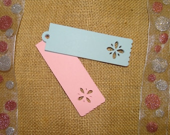 30 Flower Tags - Gift Tags, Favor Tags, Scrapbooking