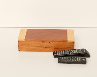 Elegant Remote Control Storage Case - Glossy