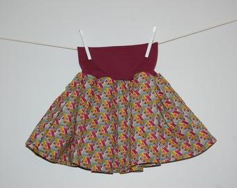 The skirt that turns! Ethnic/Burgundy-purple triangles