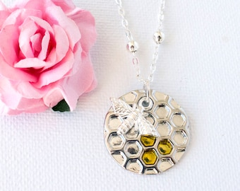 Silver bumble bee necklace, silver bee, honeycomb necklace, bee necklace, bumble bee jewelry, sisters necklace, SPBEIN0517, christmas gift
