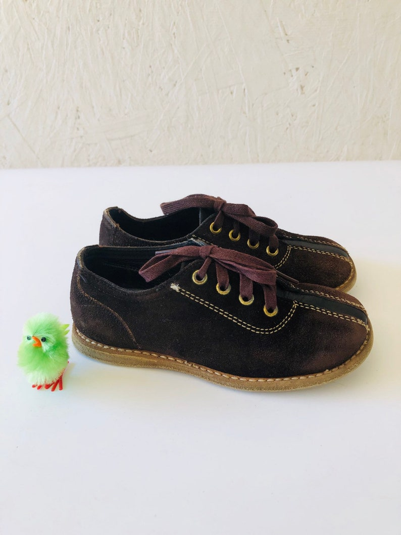 80c1c5dbd4ab2 Vintage Toddler Kids Brown Suede Leather Jumping Jacks Oxfords Shoes Size  6-7