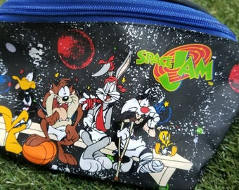 8e816ecbcabe9b Space Jam Officially Licensed by Warner Bros. True Vintage Michael Jordan  Bugs Bunny 90s Fanny Pack Belt Bag Pouch Nike Rare Festival Pack