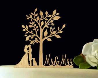 Bride and Groom Wedding Cake Topper with dog - Mr and Mrs Wedding Cake Topper - Unique Wedding Cake Topper - Rustic Wedding Cake Topper