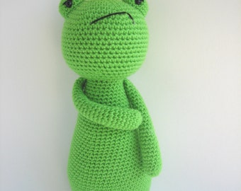 King Frog Crochet Amigurumi Pattern