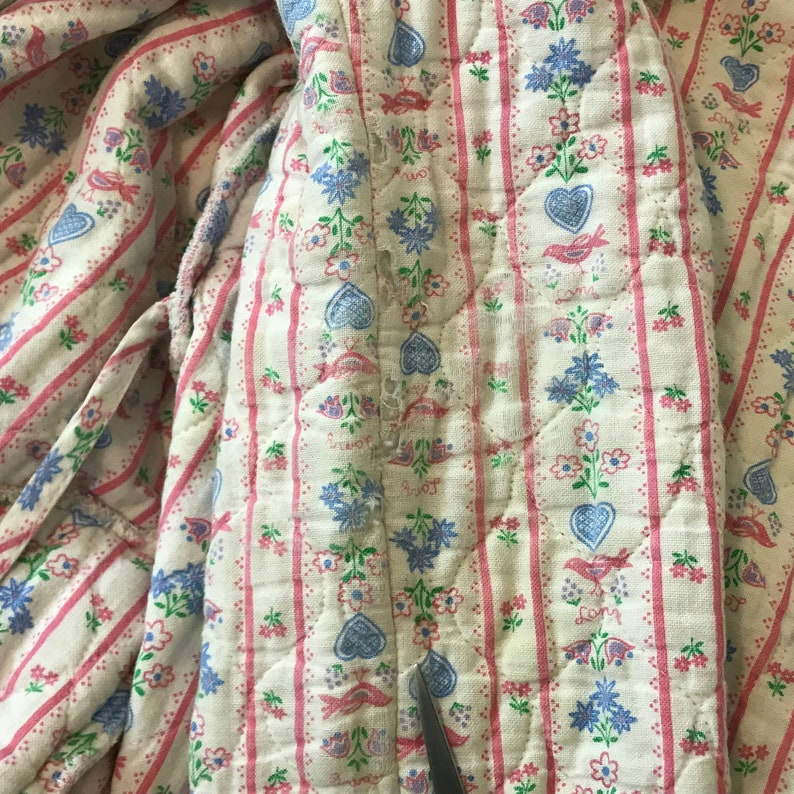 Made in USA Lanz of Salzburg Quilted Floral Bathrobe with Eyelet Trim Women/'s Size M