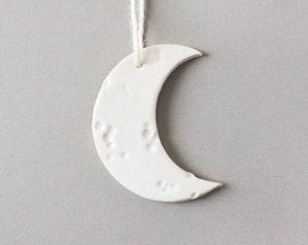 White Crescent Moon Ornament Ceramic - White Moon Christmas ornament, Ceramic Ornament, Moon Ornament, White Ornament, Holiday Decor