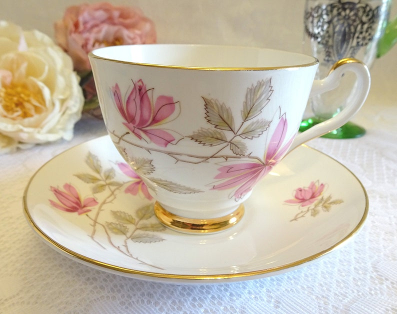 Tea Cup. Floral Design Chinese Teacup