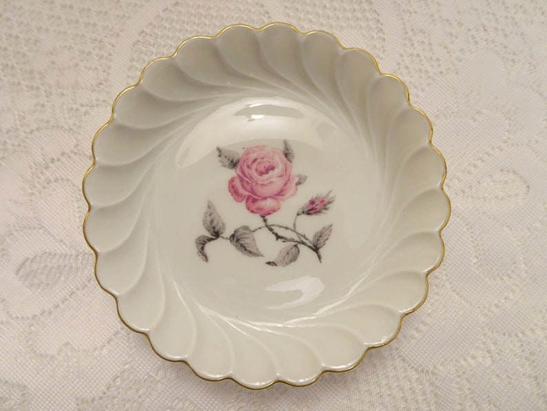 Pin Dish Made in France Haviland Limoges Snack Haviland Pink Rose Scalloped Sweets Dish Butter Pat