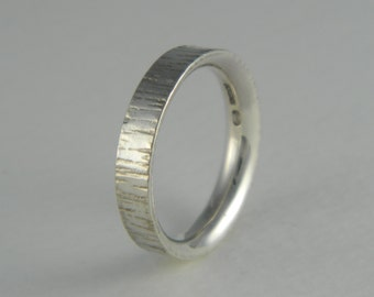 straight hammered ring