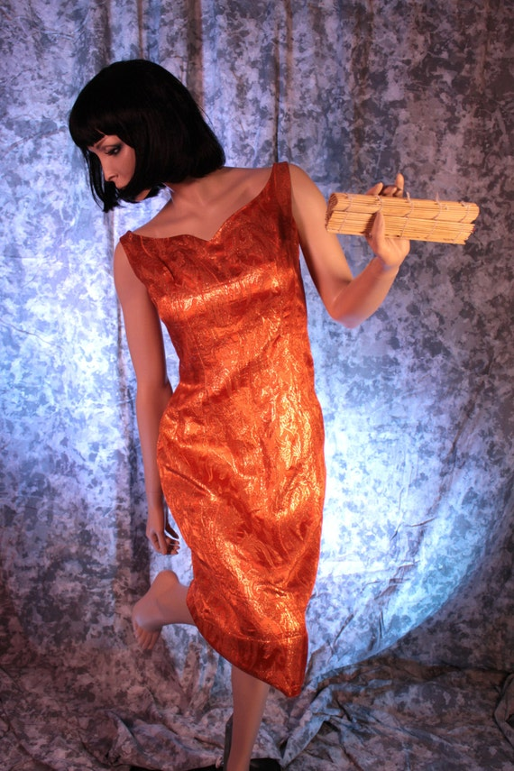 Femme fatale Iridescent Woman's Dress from the 60'