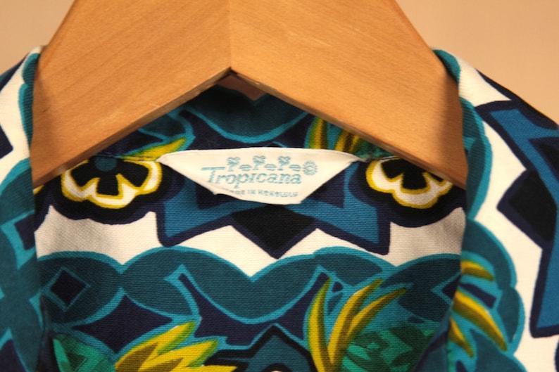 Vintage 60/'s Tropicana Blue Pineapple Men/'s Hawaiian Shirt Size Medium