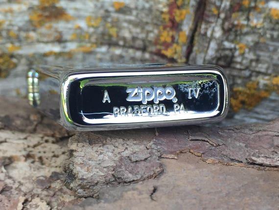 1988 slimline Chrome Venetian Zippo Lighter