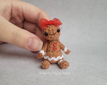 Miniature gingerbread, Christmas decoration, gingerbread person, biscuit, gingerbread figure, gingerbread plush, mini Xmas, cookie plush