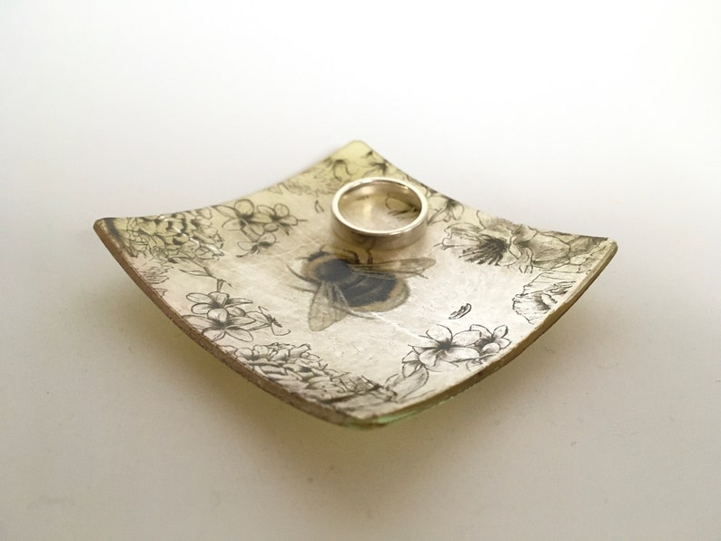 Bee Ring Bowl Glass Dish Sepia Flowers