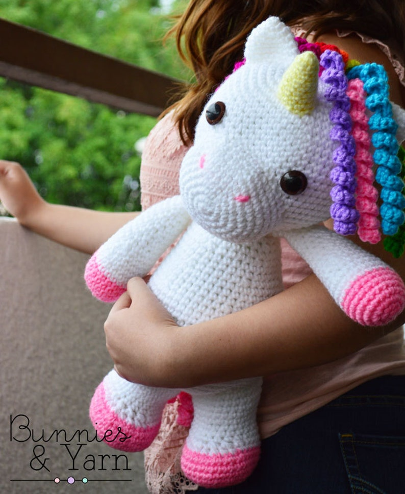 CROCHET PATTERN in English and Spanish  Mimi the Friendly image 0