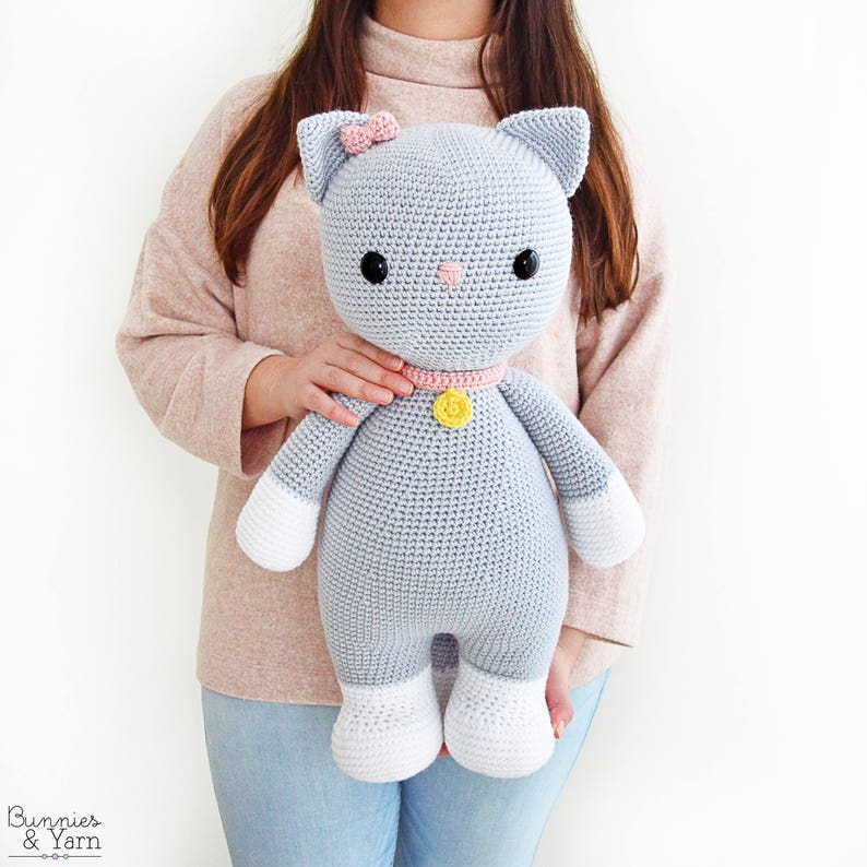 CROCHET PATTERN in English and Spanish  Frida the Friendly image 0