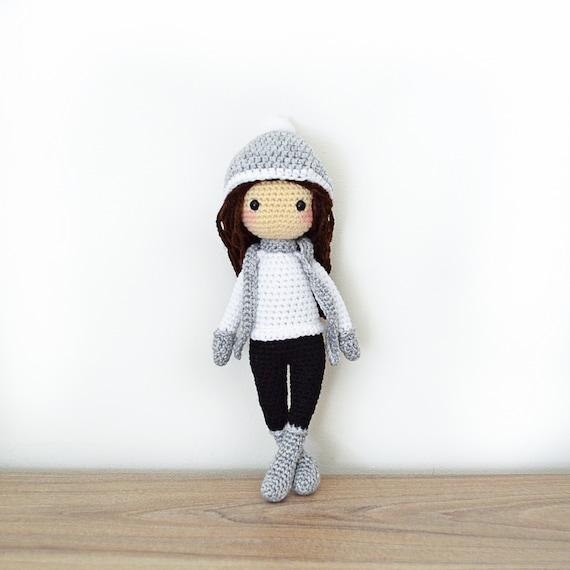 Patrón de Crochet en Inglés Sarah la Muñeca de Invierno 28 | Etsy