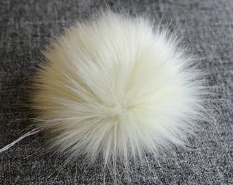 Size M, (Ecru) faux fur pom pom 4.5 inches/12 cm