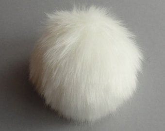 size M-XL ( Cream fluffy ) faux fur pompom, 5- 6.5 inches/13- 16 cm