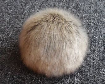 Size M, ( Grey/ beige tips fluffy ) faux fur pom pom 5 inches/13 cm