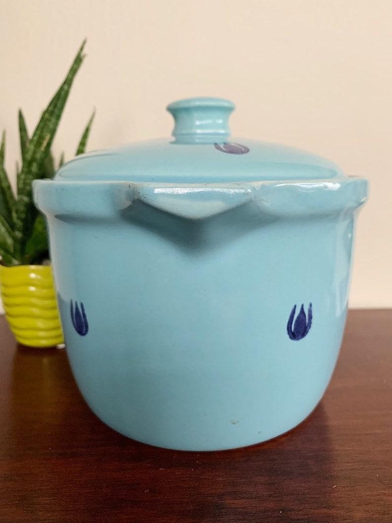 1950s made in USA Vintage retro Cronin light blue tulip pattern casserole dish