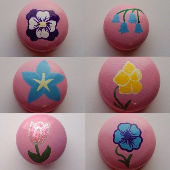 Spring Flower Drawer Knob/ Cupboard Handle- Hand Painted - 6 Designs Available Daffodil, Pansy, Bluebell, Tulip -3 Sizes Available 30mm, 40m