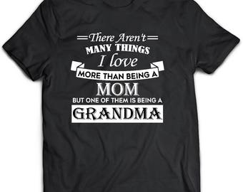 Grandma t-shirt. Grandma gift. Mom shirt. Mom tshirt. Mothers day Gift. Graphic tee. Custom gift. Personalized shirt.Gift for Grandma.