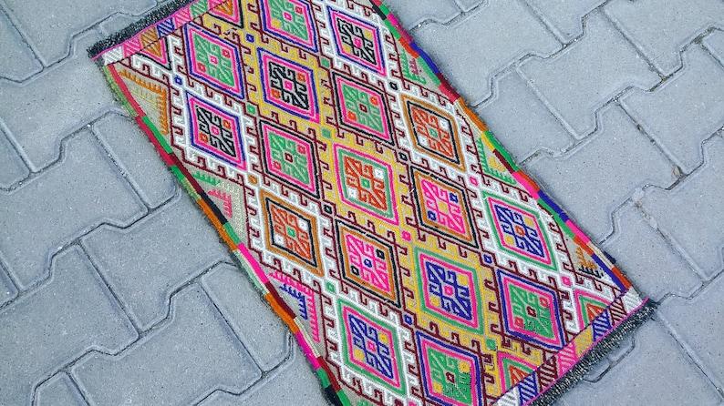 BOHEMIAN TURKISH HAND Embroidered Kilim Rug-Vintage Small Turkish Tribal Kilim Rug-Turkish Kilim Door Mat-Bath Mat-Kilim Doormat-Bathmat Rug