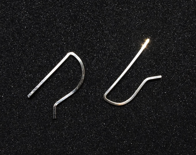 Simple ear bar. - Single Earring