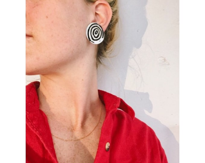 Hypno earrings. Black and white spirals.