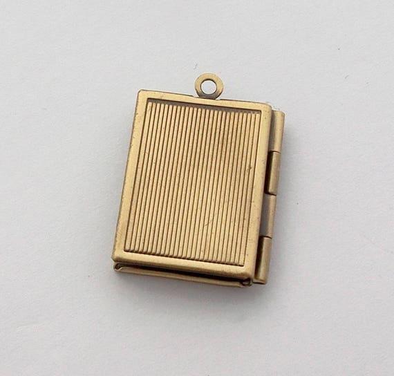 Petit Pendentif Livre Boitier Qui S Ouvre Vintage Bronze 23x18mm Medaillon