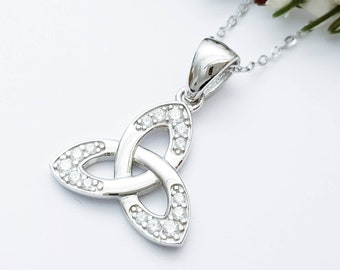Celtic Trinity knot pendant, celtic triquetra necklace with angel wing chain