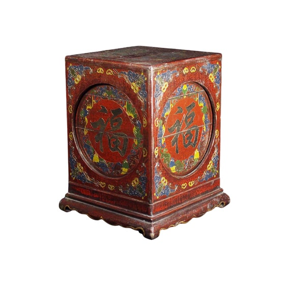 Lacquer wooden body hand painted gold painted box