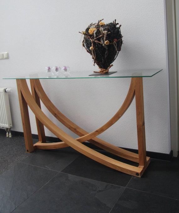 Bijzondere Side Table.Bijzondere Gebogen Tafel Met Glazen Blad