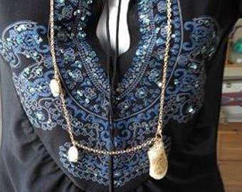 pendulum necklace with quartz