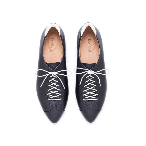 Femmes cuir chaussures, chaussures noires, noir et blanc, derbies, chaussures chaussures chaussures en cuir fait à la main par Burlinca. Modèle Alexander | Une Forte Résistance à Chaleur Et Résistant  2e1540