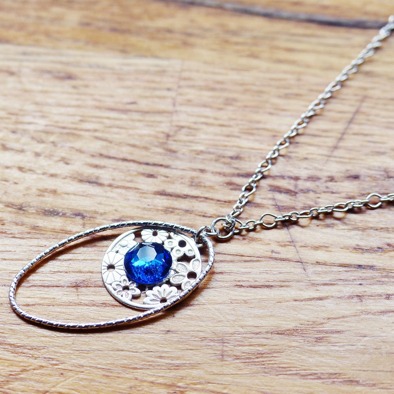 Jewelry solid silver 925 necklace original modern chic design pendant Oval /& circle openwork medal engraving flowers set with blue crystal